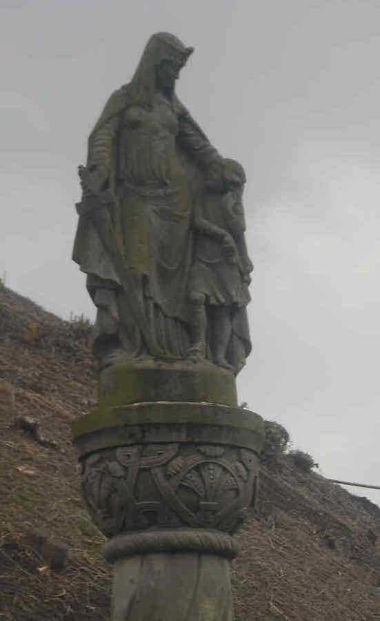 Aethelflaed Statue