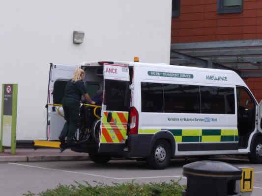 nhs-ambulance-1j